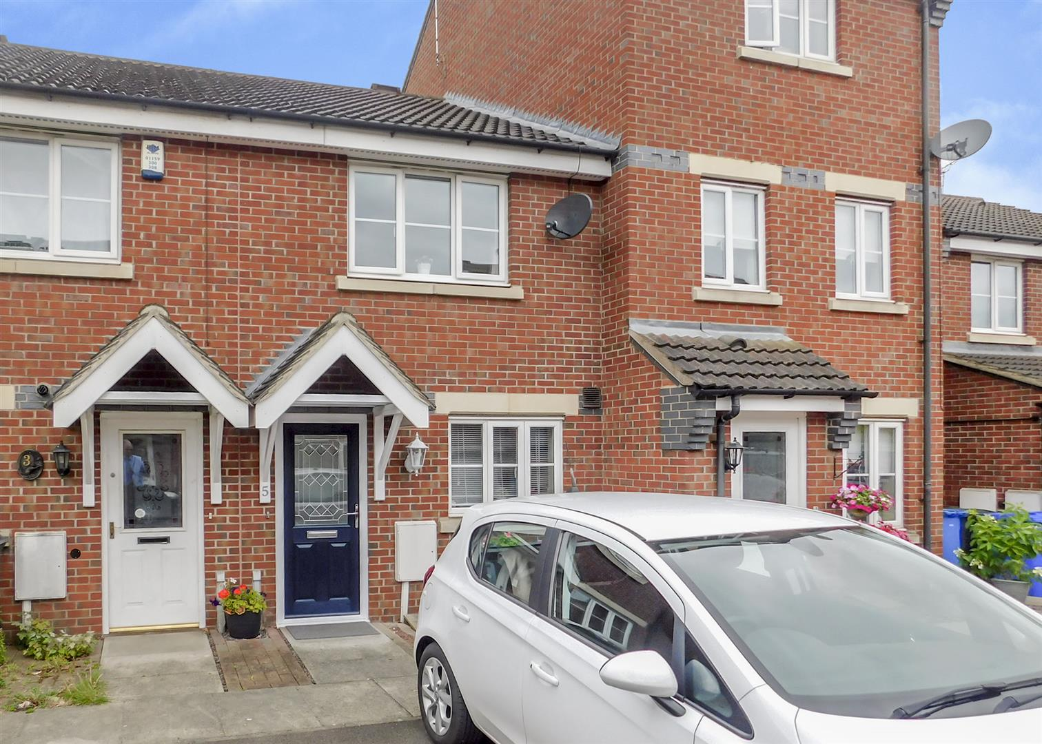 2 Bedrooms Terraced House for sale in Wren Court, Sawley